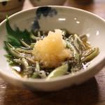 萬屋 おかげさん - 能代産 蓴菜 おろしポン酢 (2013/06)