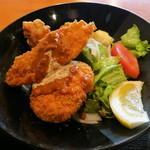 糀Cafe Izakaya Suiren - 白身フライ、鶏の唐揚げ、牛肉コロッケ