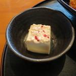 糀Cafe Izakaya Suiren - 小鉢のヤッコ