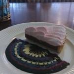 太陽ノ塔  - 単品生チョコケーキ。デコがナイス!