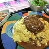 パデッラ - 料理写真:とろとろスクランブルエッグのハンバーグオムライス