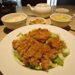 チャイナ 三丁目 - 鶏肉の揚げ 辛味ソース掛け