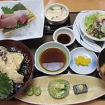 活魚料理一徳 - 天丼セット(798円) 刺身(+280円)