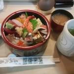 与兵衛鮨 - 上ちらし¥1500