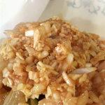 新華苑 - 料理写真:生のネギ、生姜、ニンニク、みじん切りを注文が入ってから芝麻醤(チーマージャン)ソースと和えてました。
