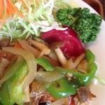 レストランポム - ポークソテーは野菜たっぷり