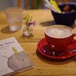 マリポサカフェ - セットドリンクのカフェラテ(+200円)