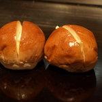 1951685 - ふわっふわのなんとも言えないうまさのロールパン!!