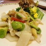 獅門酒楼 - つぶ貝と空豆のうす塩炒め(1400) これは美味しい♪