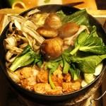 江戸肉割烹 ささや - 鶏すき鍋