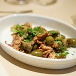 アンティーカ・トラットリーア・ノスタルジーカ - 飯蛸 と アーティーチョーク と オリーブの蒸し煮