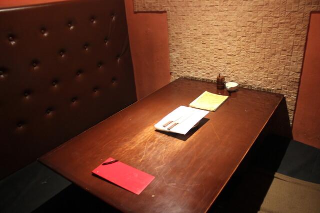 https://tabelog.ssl.k-img.com/restaurant/images/Rvw/19547/640x640_rect_19547801.jpg