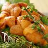 """さかな市場 漁漁 - 料理写真:漁漁自慢の""""うに刺し""""うにはお盆までが美味。一番おいしいのは7月下旬という話も。お盆を過ぎると産卵期に入るため、身が緩み味が落ちる。ってなワケで、ウニを食べるなら、まさに今が旬! """"生うに""""と日本酒の組み合わせがタマリマセン。"""
