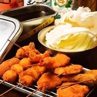 くし家 串猿 - 串カツはなんど50種以上!野菜・肉・魚バランスよく食べられる10本セットがオススメ!