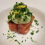 オマージュ - 料理写真:桜鱒の焼き霜仕立ては脂がノリノリ♪