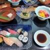 高玉 - 料理写真:高玉セットは握り寿司、小鉢、お吸い物、フルーツに茶碗蒸しのセットで3150円です。