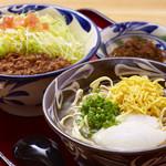 沖縄そばと島豆腐の店 まつばら家 - 沖縄そばとタコライス、沖縄料理を満喫できる『タコそばセット』