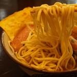 沖濱そば - 沖縄そばって独特の麺ですよねぇ