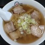 会津喜多方ラーメン坂内 小法師 - 喜多方ラーメン(太麺)