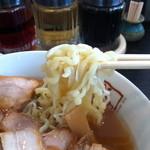 喜多方ラーメン 坂内  - 平打ちちぢれ太麺