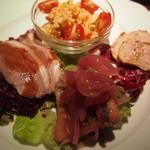 タヴェルネッタ・ダ・キタヤマ - ランチの前菜盛合せはこんな感じで5種類ほど。