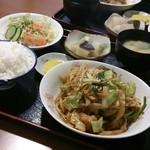 遊食館 - 料理写真:豚キムチ定食
