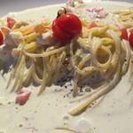 BISTRO NAKAMURAYA - 料理写真:小エビとトマトのバジルクリーム