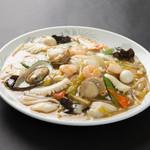 レストラン太郎 - 料理写真:シーフード焼そば