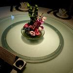 桃谷樓 - テーブルです。