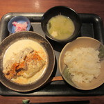 ナオライ - 豚肉と大根の味噌クリーム煮、漬物、ごはん、おみそ汁