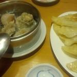 天天香 - 飲茶4種盛り合わせと焼き餃子