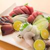 蔵 Kuran - 料理写真:新鮮な沖縄の近海魚の刺身