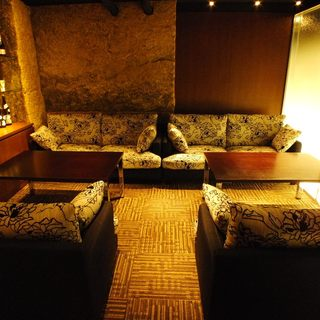 VIP御用達。優雅な個室空間で美味しいひと時を。