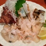 和田浜 - つぶ貝刺身900円