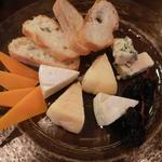 19986703 - チーズ四種盛り合わせ