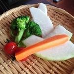 燦 - 付き出しのお野菜・・めちゃ美味