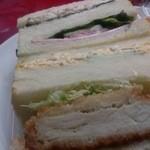 小麦工房リヨン - 4種のサンド