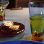 ル・プティ・ブドン - お食事の前のオードブル。スガハラのグラスと器が素敵。