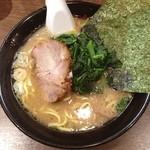 麺達うま家 - らーめん(並盛)650円