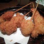 串かつ専門店 串+串 - Bコース(タコ,カマンベールチーズ肉巻き,玉葱,海老)