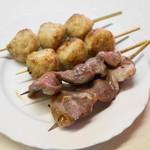 江戸っ子 - 肉だんご、タン(4串320円)