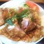 陽陽亭 - 料理写真:油淋鶏(ユーリンチー)
