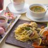 アオヤマカフェ - 料理写真:当館の1番人気のランチです。週替わりにて内容が変化してまいります。¥1300