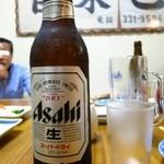いわしや自来也 - 瓶ビール大ビン630円