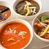 イエティカフェ - 料理写真:いくつものスパイスを使用した本格カレーはどれも一度は試して頂きたい逸品揃い。