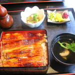 五番 - 料理写真:鰻重 ご飯大盛り