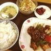 茉莉花 - 料理写真:Aランチ 豚ヒレの黒コショウソース(๑´ڡ`๑)