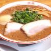 麺や 頂 - 料理写真:栄養満点◎焦がしにんにくのコクと香ばしい風味が食欲をそそる黒とんこつ720円