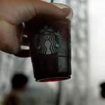 スターバックスコーヒー - スカイツリーをバックに