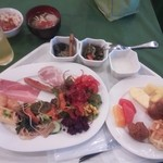 EMウェルネスリゾート コスタビスタ沖縄 ホテル&スパ - 料理写真:朝食バイキング